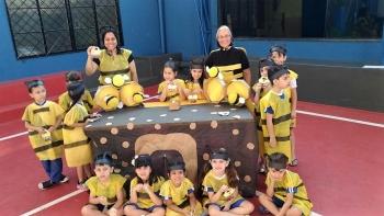 Projeto Literário: A abelha Zum Zum. ( Jardim II - Vespertino )